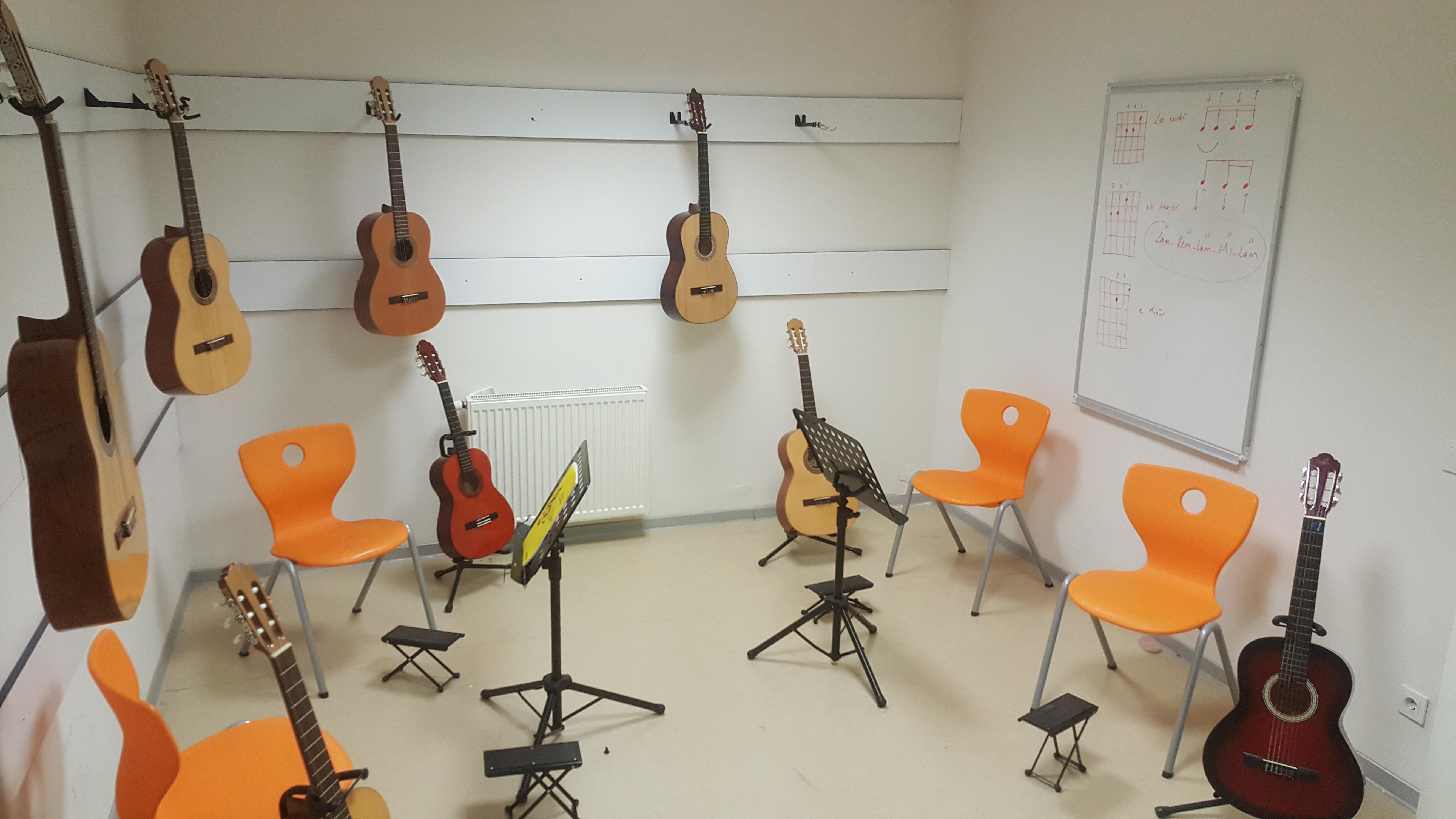 Müzik Dersimizden Kareler